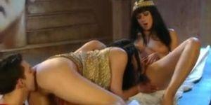 Cleopatra (Julia Taylor, Rita Faltoyano)