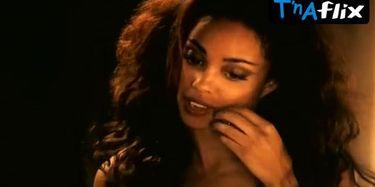 Van nackt Michelle Der Water  Tv Star